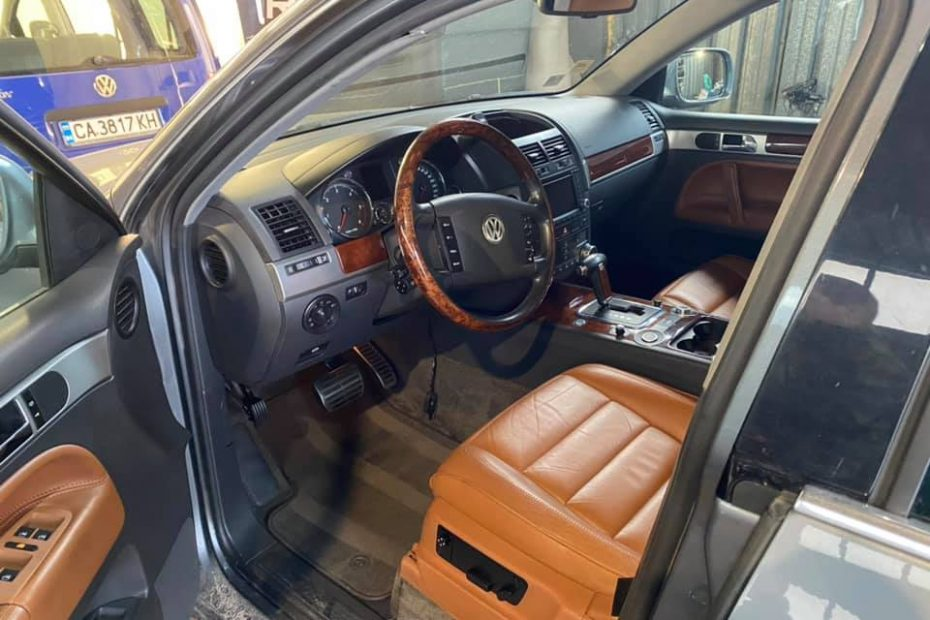VW Touareg цялостен детайлинг и полиране